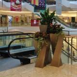 商场美陈组合花瓶