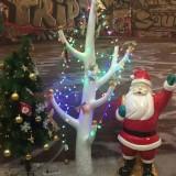 商场玻璃钢圣诞老人美陈