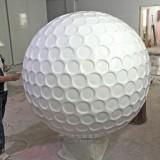 深圳高尔夫球场定制玻璃钢高尔夫球雕塑形象