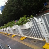 广州玻璃钢道路绿化花盆