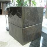 广东广场玻璃钢景观花盆