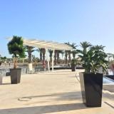 方形玻璃钢花盆让海南七星酒店绿化更有层次感