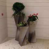 广州玻璃钢扭形组合花盆