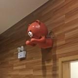 玻璃钢熊雕塑装饰湖南购物中心墙面有创意