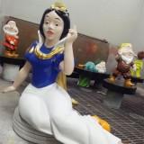 四川玻璃钢白雪公主和七个小矮人雕塑