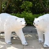 宁夏玻璃钢仿真北极熊雕塑