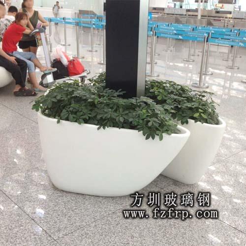 山东玻璃钢高铁站花盆定制