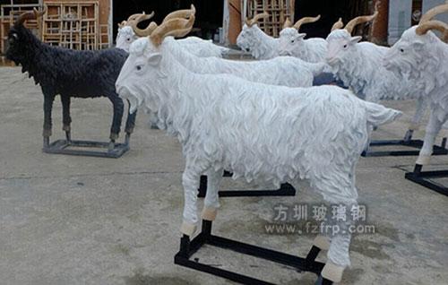玻璃钢绵羊工厂雕塑图