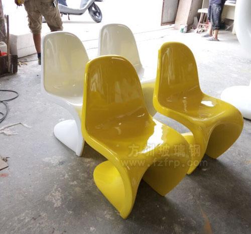 玻璃钢潘东椅工厂实物图