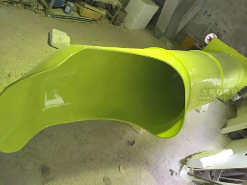 商场儿童玻璃钢滑梯工厂生产图