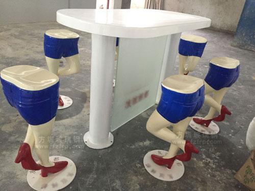 广东玻璃钢腿型椅工厂生产图