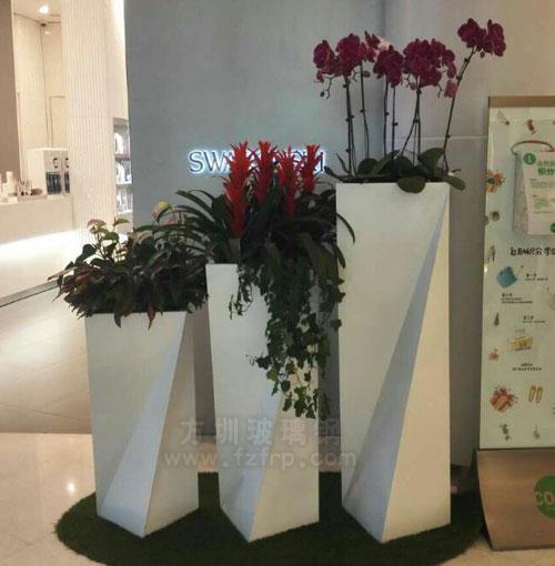 深圳大型商场定制方圳玻璃钢组合花盆