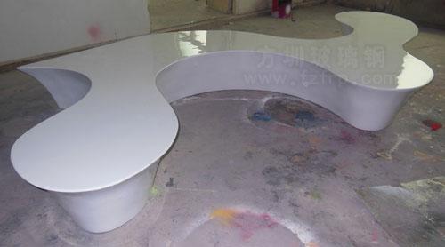 湖南商场定制玻璃钢休闲椅