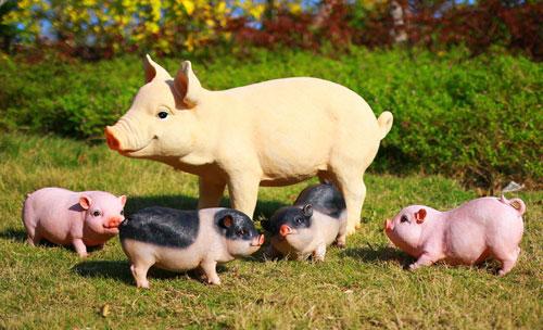 仿真猪雕塑