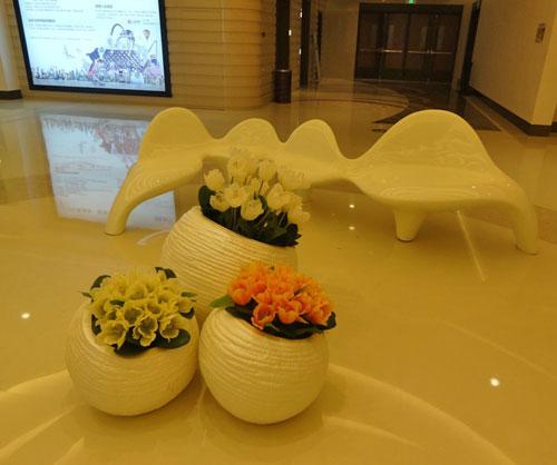 商场花盆玻璃钢工艺品