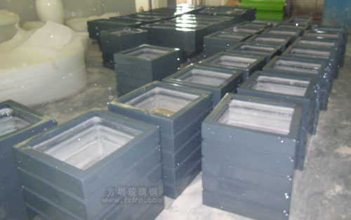 深圳园林户外绿化选购方圳玻璃钢仿木花箱