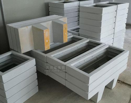 玻璃钢仿木花箱工厂生产图