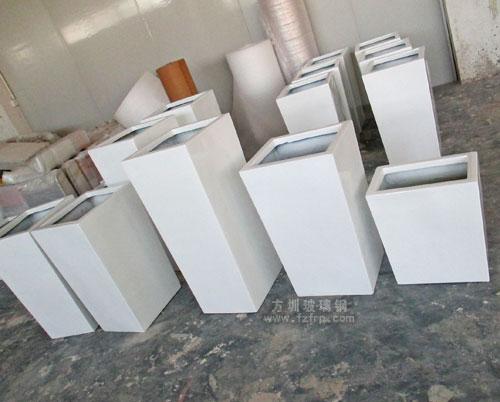 深圳酒店高端组合玻璃钢花盆工厂生产成品展示