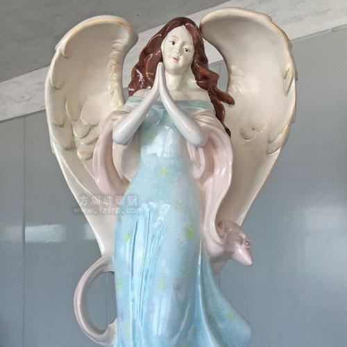 山东玻璃钢天使雕塑定制