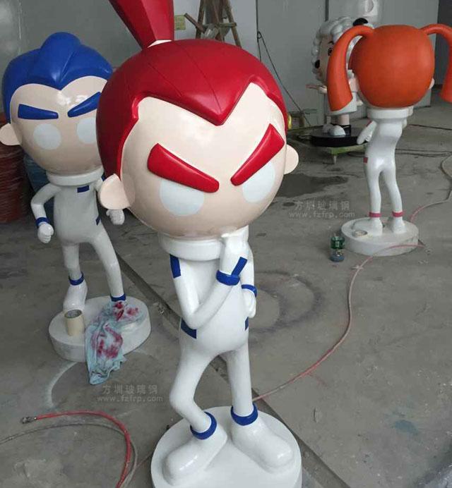 动漫卡通玻璃钢雕塑工厂生产图