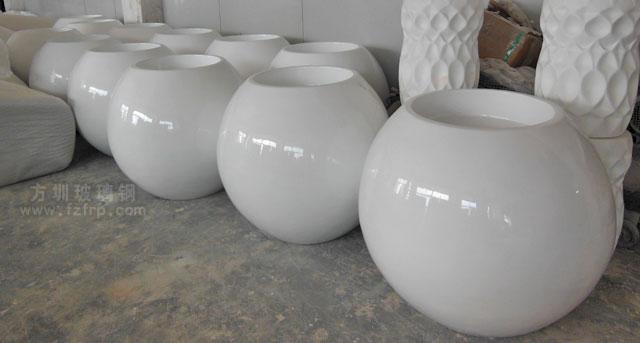 圆形玻璃钢花盆方圳工厂生产图