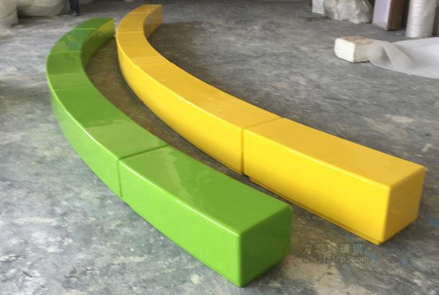 河南焦作个性定制弧形玻璃钢座椅工厂生产图