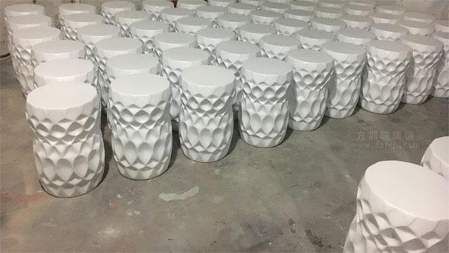 海南大型酒店圆形玻璃钢装饰坐凳工厂成品展示图