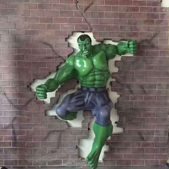 深圳玻璃钢巨人雕塑装饰墙气势磅礴现场效果图