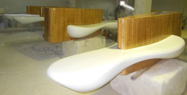 玻璃钢座椅带仿木纹花盆深圳南山商场个性定制