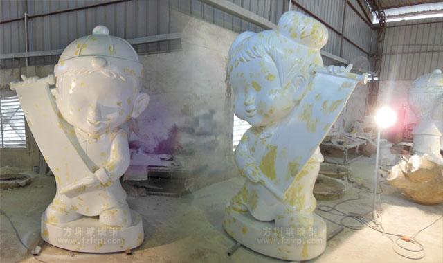 江门古兜温泉玻璃钢金童玉女雕塑工厂生产图
