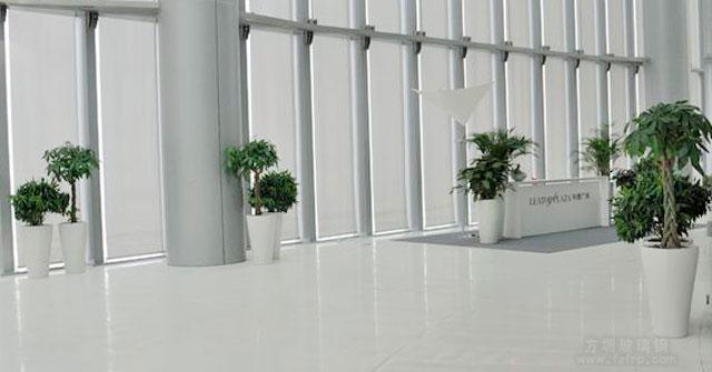 方圳玻璃钢多款玻璃钢花瓶被高档大厦写字楼选购