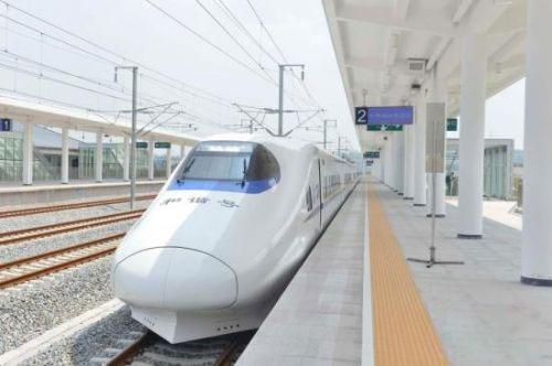 玻璃钢设计高铁车头在港铁中应用