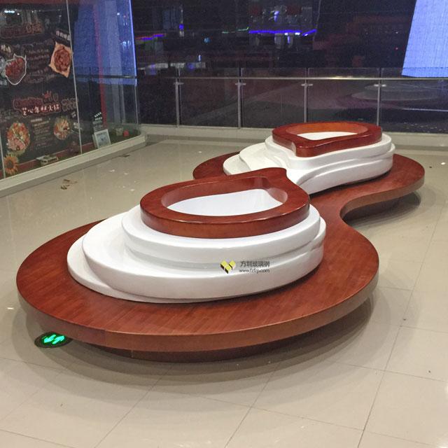 方圳玻璃钢创意花盆座椅美陈江西南昌商场