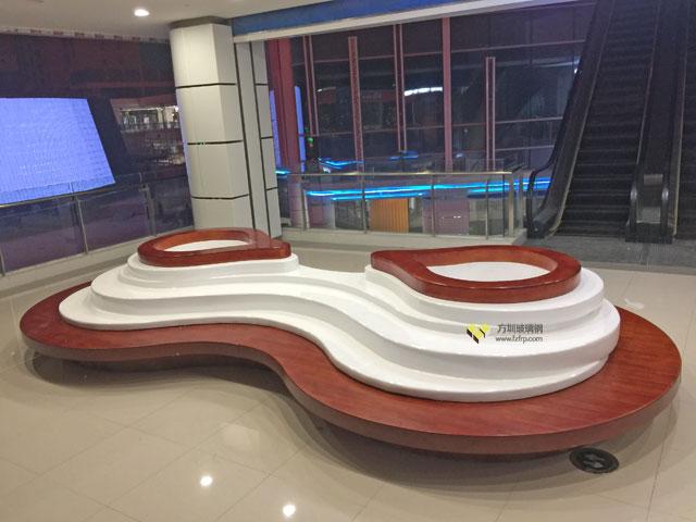 江西南昌商场方圳玻璃钢创意花盆座椅商场美陈摆放图