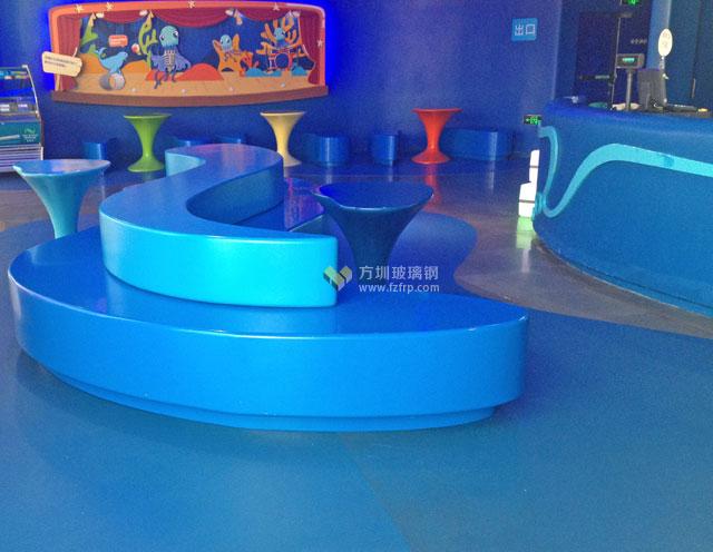 玻璃钢休闲椅家具装扮麦鲁小城儿童主题乐园
