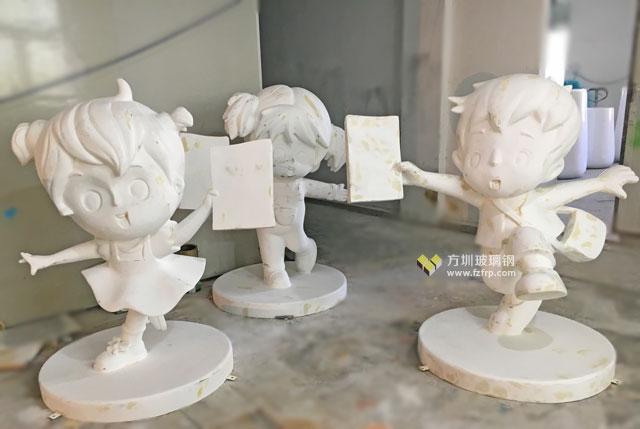 玻璃钢制品生产厂家将雕塑设计图开模制作毛坯图