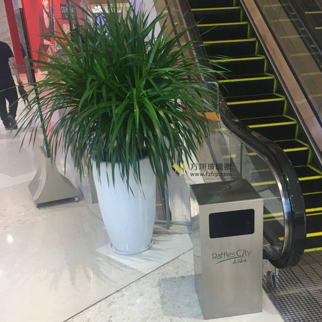 深圳南山商场玻璃钢花盆电梯口摆放图