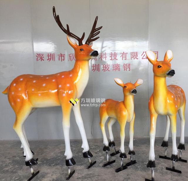 玻璃钢梅花鹿雕塑组合美化装饰湖南园林景观