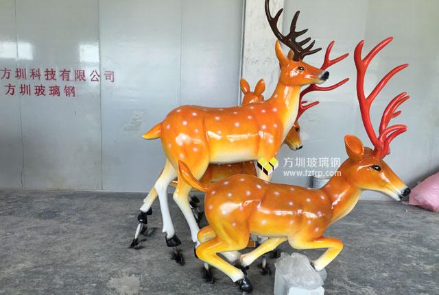 湖南园林景观玻璃钢梅花鹿雕塑组合工厂生产图