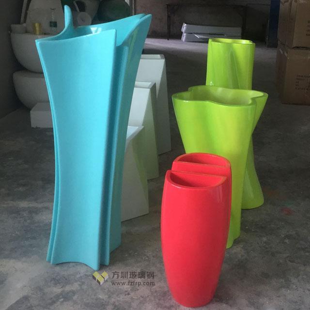 北京商场玻璃钢花器方圳工厂生产图