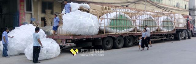 陕西商场大型玻璃钢花盆工厂装车图
