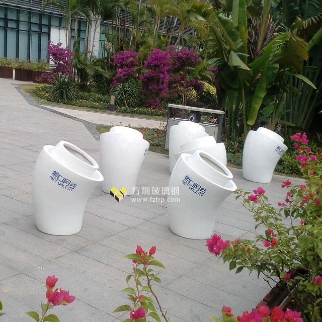 玻璃钢喇叭形花盆美化深圳南山蛇口网谷户外景观