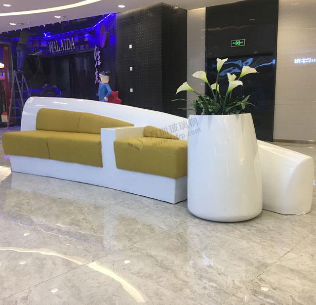 玻璃钢休闲椅花器造型时尚美化湖南岳阳步步高