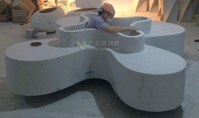 陕西宝鸡商场玻璃钢休闲椅四叶造型带花盆工厂生产图