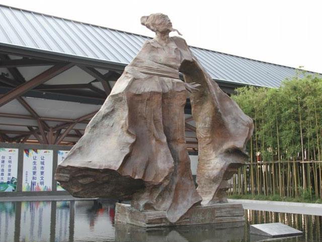 雕塑设计说明怎么写看宜春广场雕塑设计内涵