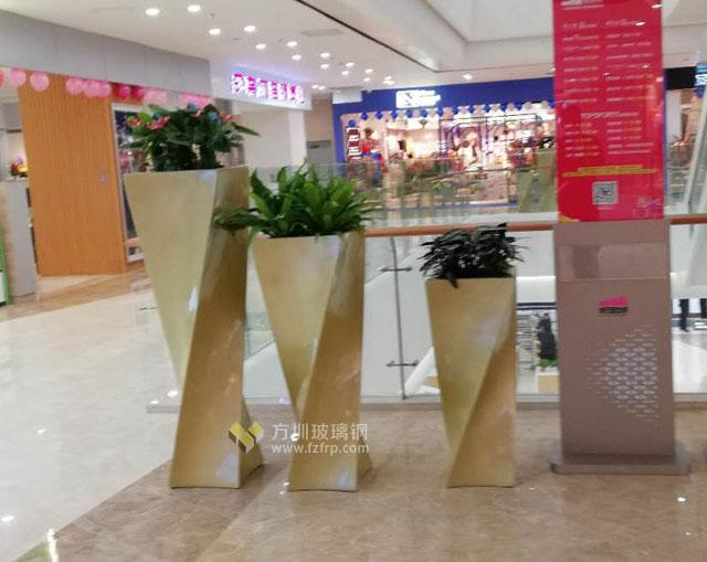 玻璃钢金色创意组合花瓶陕西购物中心摆放图