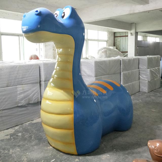 上海儿童主题乐园玻璃钢卡通恐龙雕塑