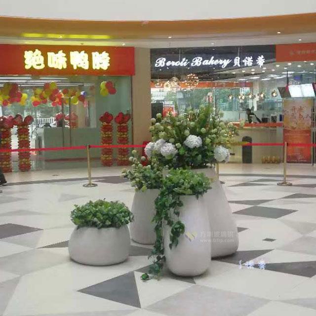 玻璃钢花盆坐凳组合美化江西红林世界城