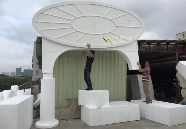 主题公园门口装饰玻璃钢雕塑摆件泡沫雕刻图