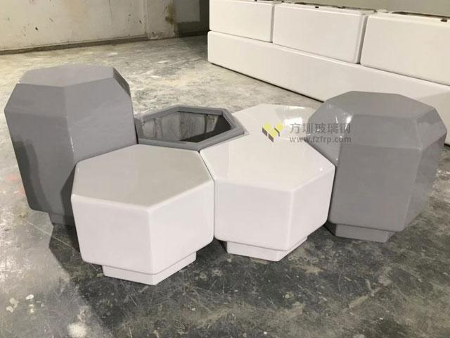江西南昌购物广场定制玻璃钢座椅花盆组合